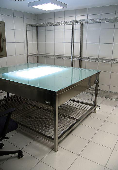 Mesa-de-trabajo-esterilizacion